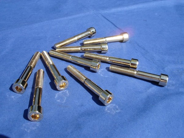 Innensechskant Schraube M8x55 Edelstahl vergoldet